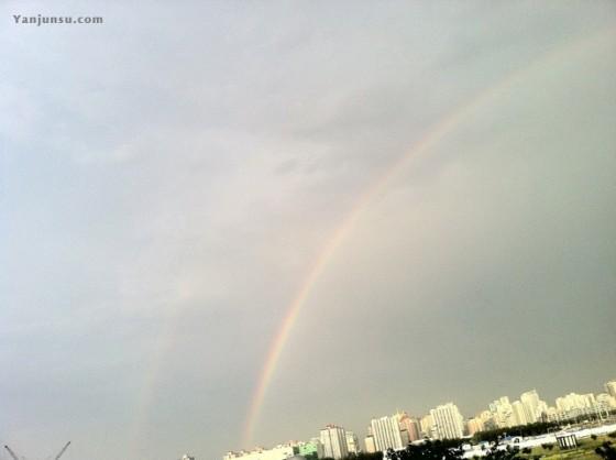 奥体森林公园上方的双层彩虹